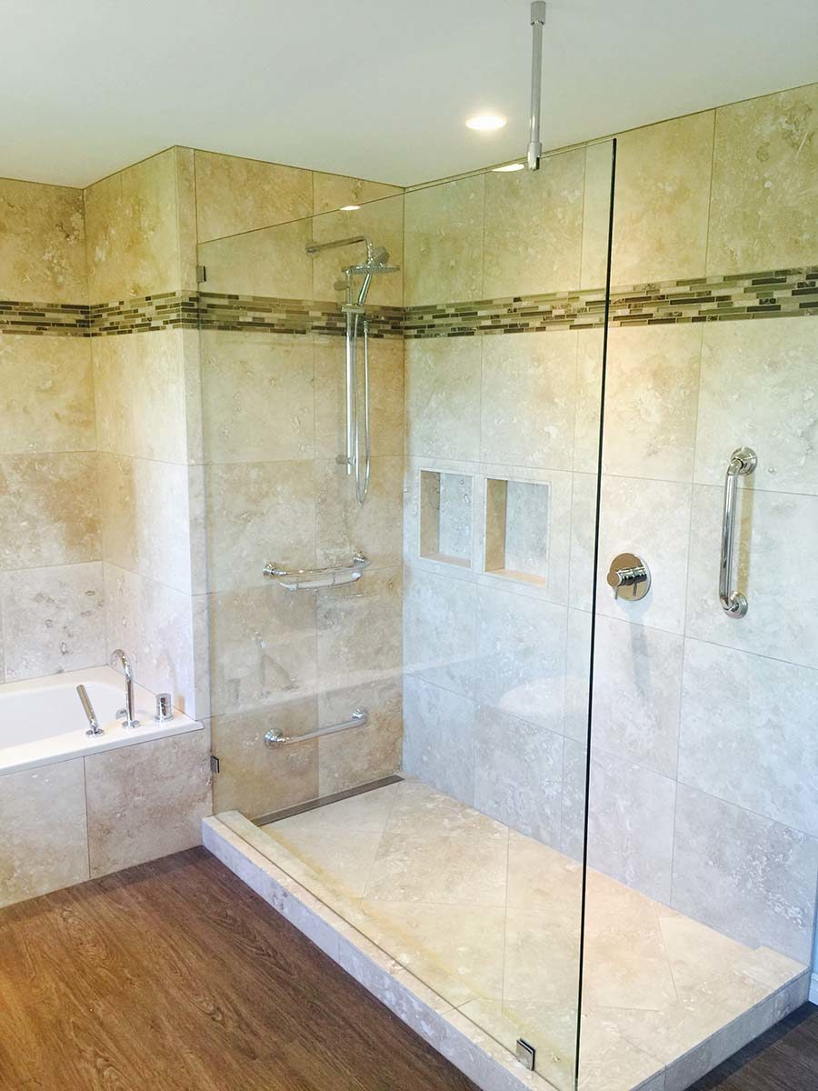 Large shower panel, traditional