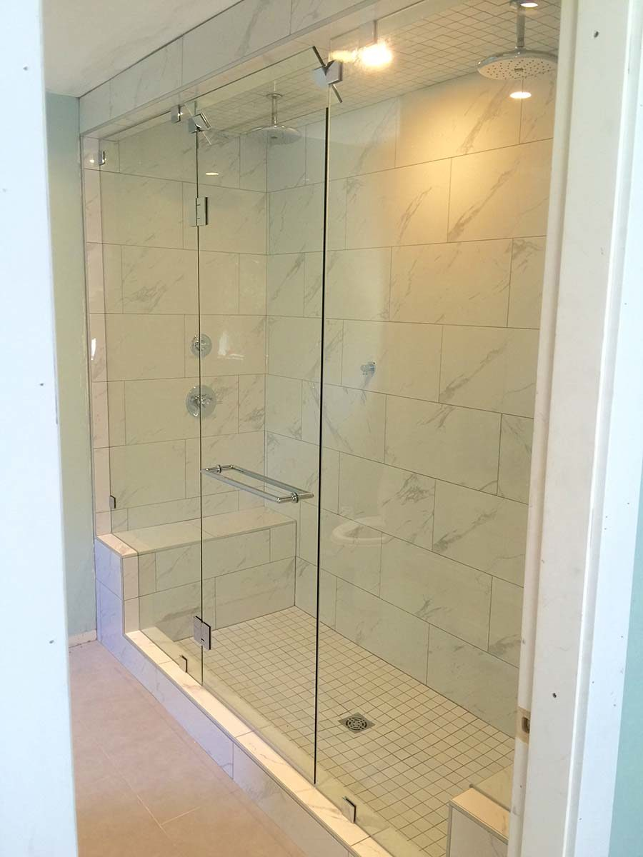 Very tall steam shower with transom vent