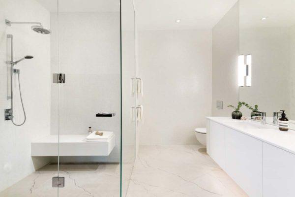 Best Builders - 90 degree glass mount door